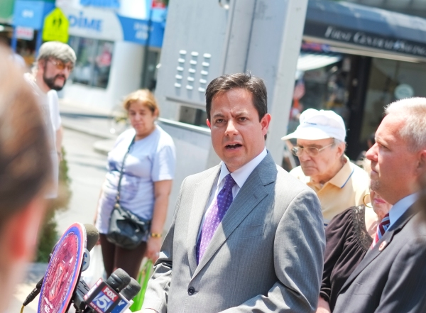 Council Member Dan Garodnick discussed bike-related safety issues at a press conference in Queens last week.