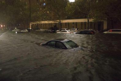 14th Street between Avenues B and C during Hurricane Sandy in 2012 (Photographer unknown)