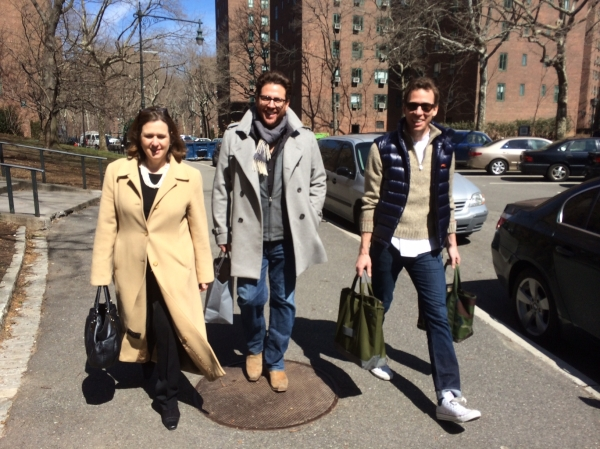Citymeals-on-Wheels Executive Director Beth Shapiro with chefs and restaurateurs, Scott Conant of Scarpetta and Ryan Hardy of Charlie Bird, deliver meals to homebound seniors in Stuyvesant Town. (Photo by Sabina Mollot)