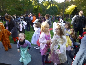 Stuyvesant Town's annual Halloween event for children (Photo by Sabina Mollot)