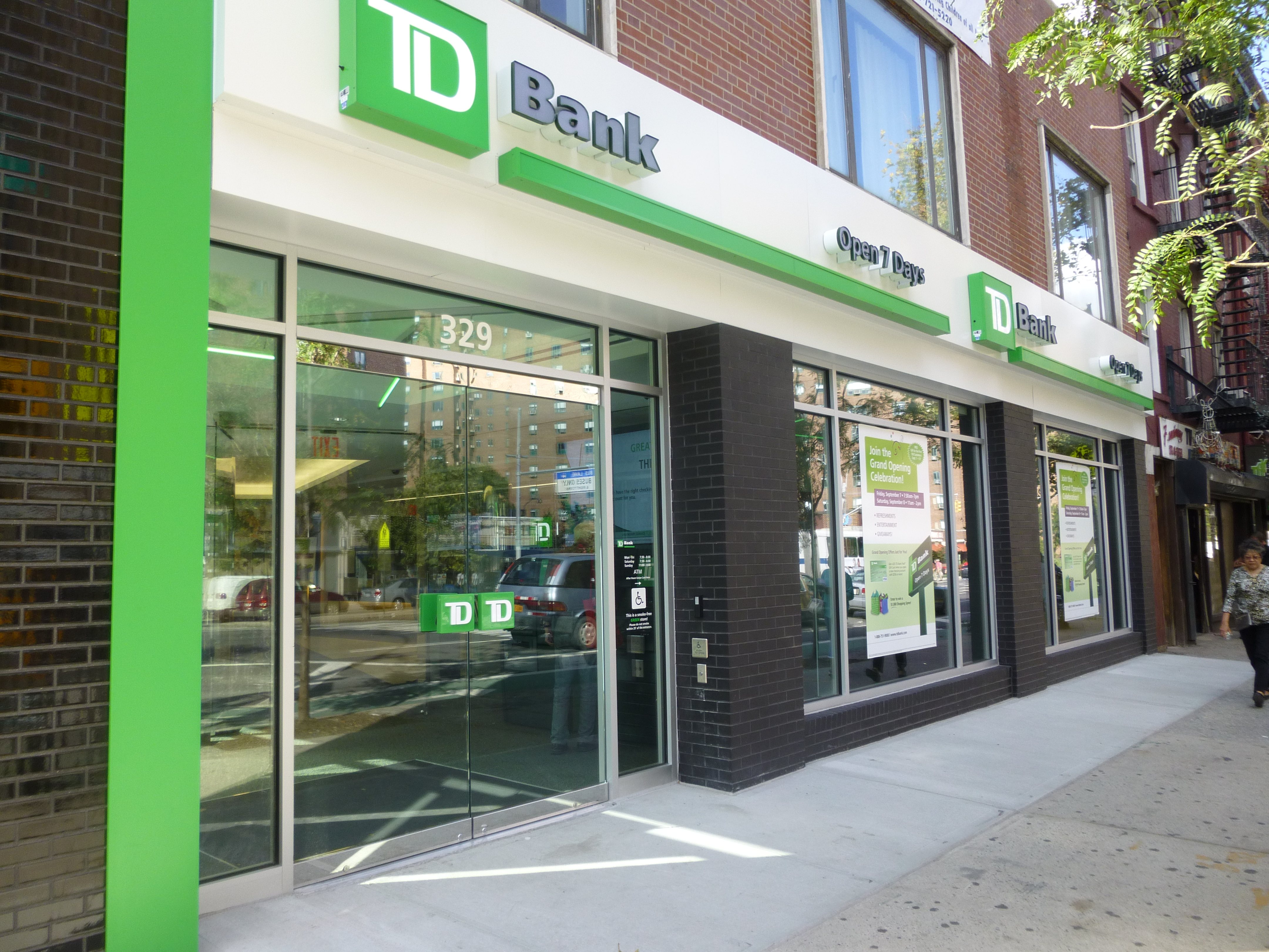 td bank Td bank has been hit with another online and mobile banking crash, albeit one  that the bank said was resolved within hours thursday morning.