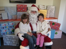 Santa at Oval Kids in 2008 (Photo by Sabina Mollot)