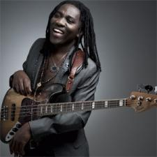 Richard Bona and  Mandekan Cubano will be playing at The Jazz Standard.