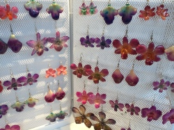 Orchid earrings at Hanami