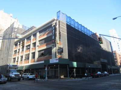 The former Bowlmor building at the corner of East 12th Street and University Place is the location of a proposed 23-story residential tower, opposed by community residents. (Photo by Maria Rocha-Buschel)