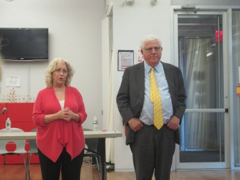 Waterside Tenants Association president Janet Handal and Waterside owner Richard Ravitch at a Tuesday meeting (Photo by  Maria Rocha-Buschel)
