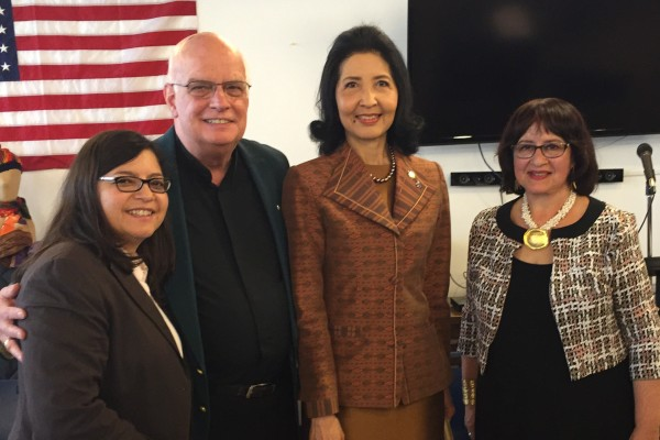 Naraporn Chan-ocha (second to right) with City Council Member Rosie Mendez, Stein Center Deputy Director Bob Doxsey and Executive Director Jane Barry (Photo by Maria Rocha-Buschel)