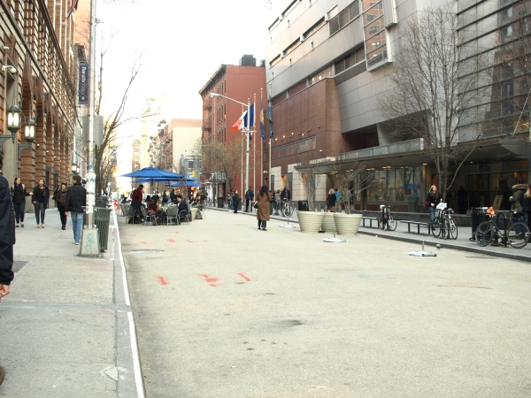 Baruch College's pedestrian block on East 25th Street (Photo by Maria Rocha-Buschel)