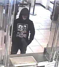 Mar31 Chase Bank suspect