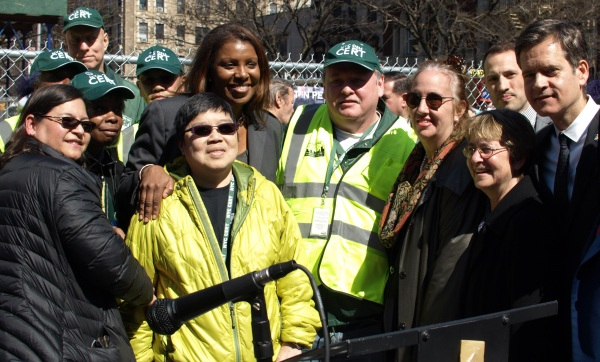 Local elected officials including Council Member Rosie Mendez, Public Advocate Letitia James, Manhattan Borough President Gale Brewer, Assembly Member Deborah Glick and State Senator Brad Hoylman stand at the explosion site on Saturday with CERT (Community Emergency Response Team) members. (Photo by Maria Rocha-Buschel)