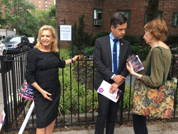 Congresswoman Carolyn Maloney and State Senator Brad Hoylman talk to voters outside Stuyvesant Town. (Photos by Sabina Mollot)