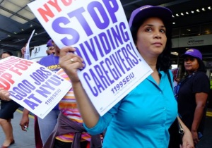 Caregivers picketing last week (Photo courtesy of 1199 SIEU)
