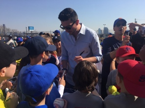 Jerry Blevins signs autographs