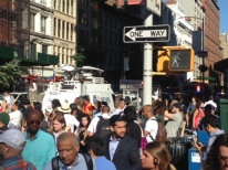Crowd is herded in Flatiron following explosion. (Photo by Sal Governale)