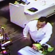 Aug30 Kate Spade theft suspect3