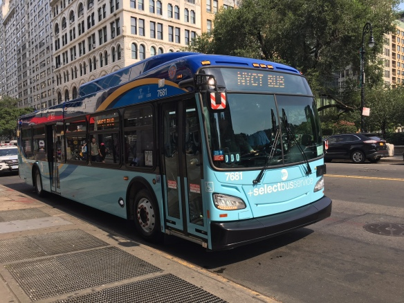 Electric bus fleet won't be ready in time for L shutdown